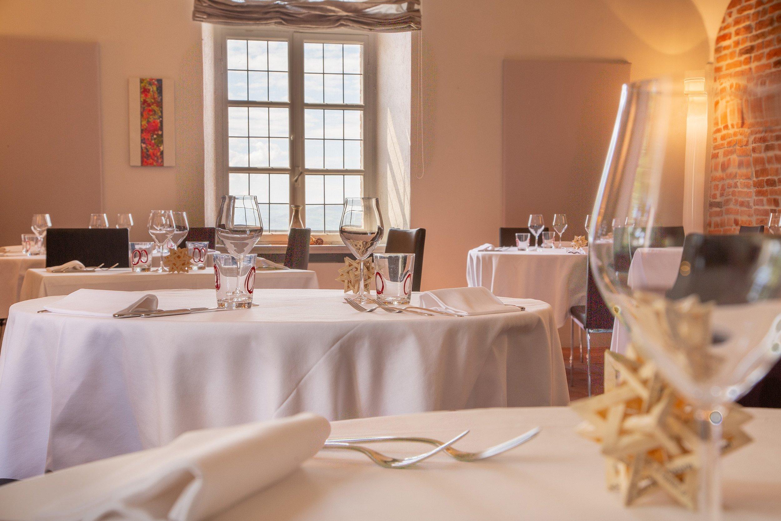 The restaurant room - Hotel Castello Santa Vittoria